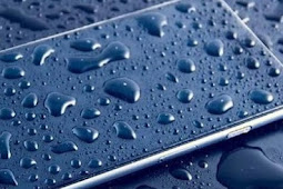 Tips Mengatasi Ponsel Ketika Tercebur Air