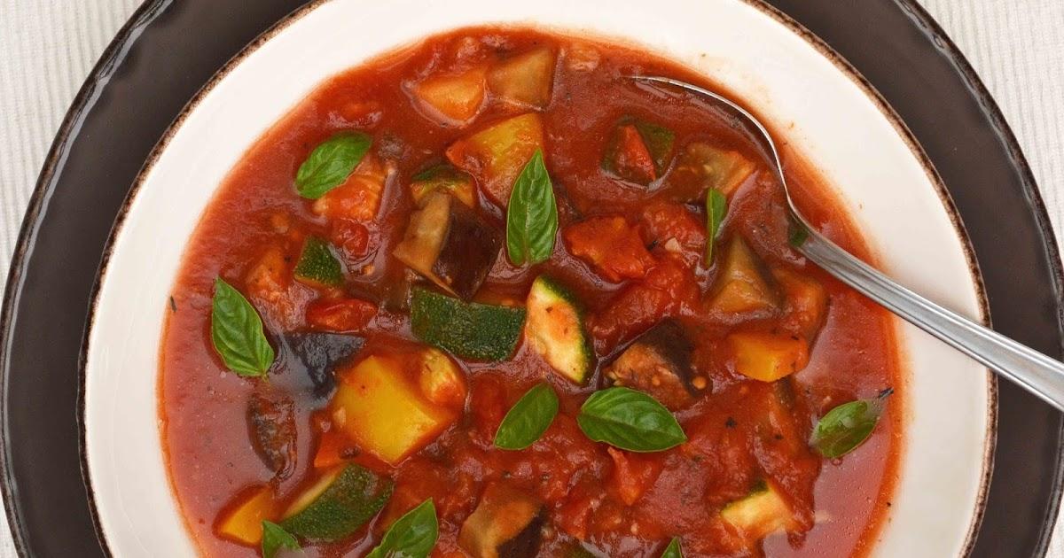 ma cuisine au fil de mes id es soupe de ratatouille aubergine poivron courgette. Black Bedroom Furniture Sets. Home Design Ideas
