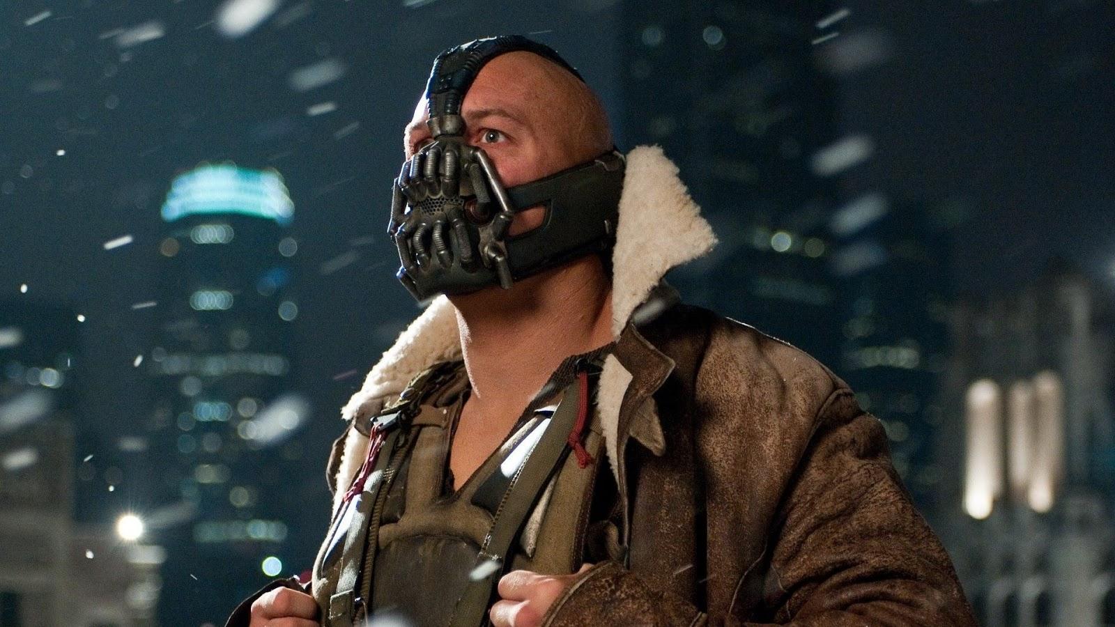 mask in The Dark Knight