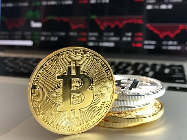 العملات المشفرة: ما هي مزاياها وعيوبها