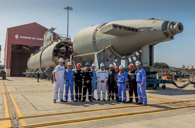 Equipo de trabajo del SIMA encargados de la modernización del submarino peruano