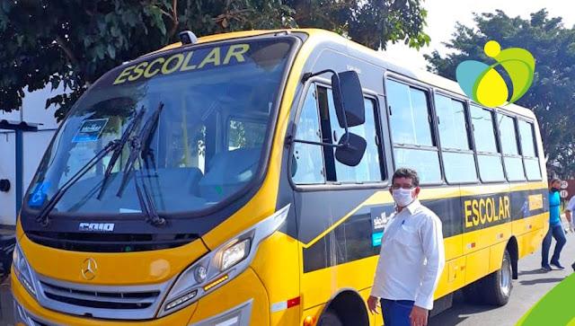 Nova Aliança ganha novo ônibus escolar do Governo do Estado