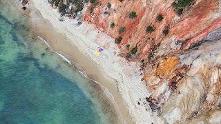 15 bãi biển đẹp mê mẩn nhìn từ trên cao - Ảnh 1