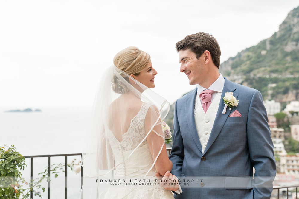 Bride and groom Villa San Giacomo Positano