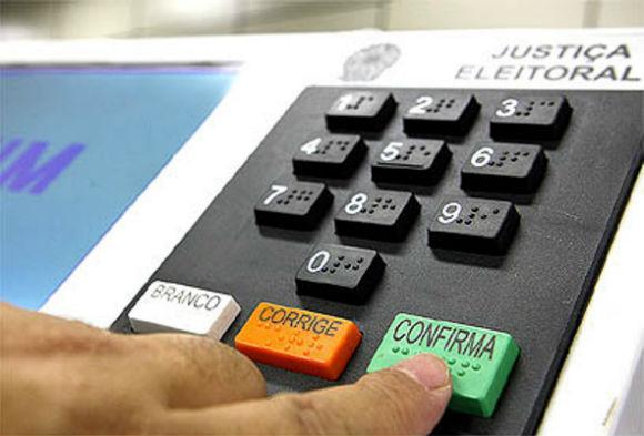 Primeiro turno das eleições teve quase 1,7 mil denúncias de crimes eleitorais