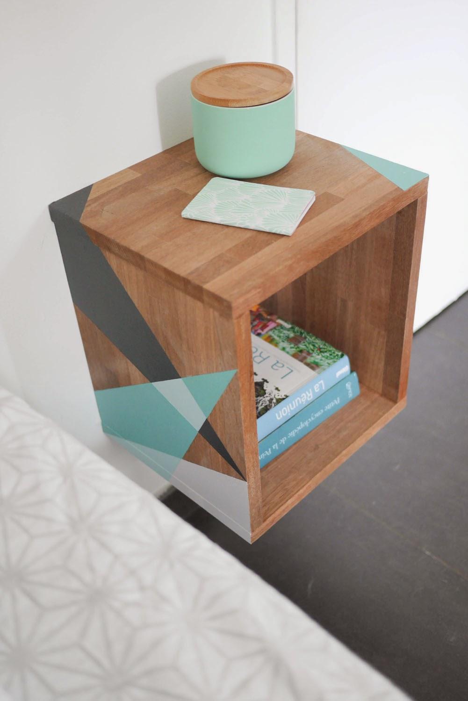paris la r union table de nuit graphique. Black Bedroom Furniture Sets. Home Design Ideas