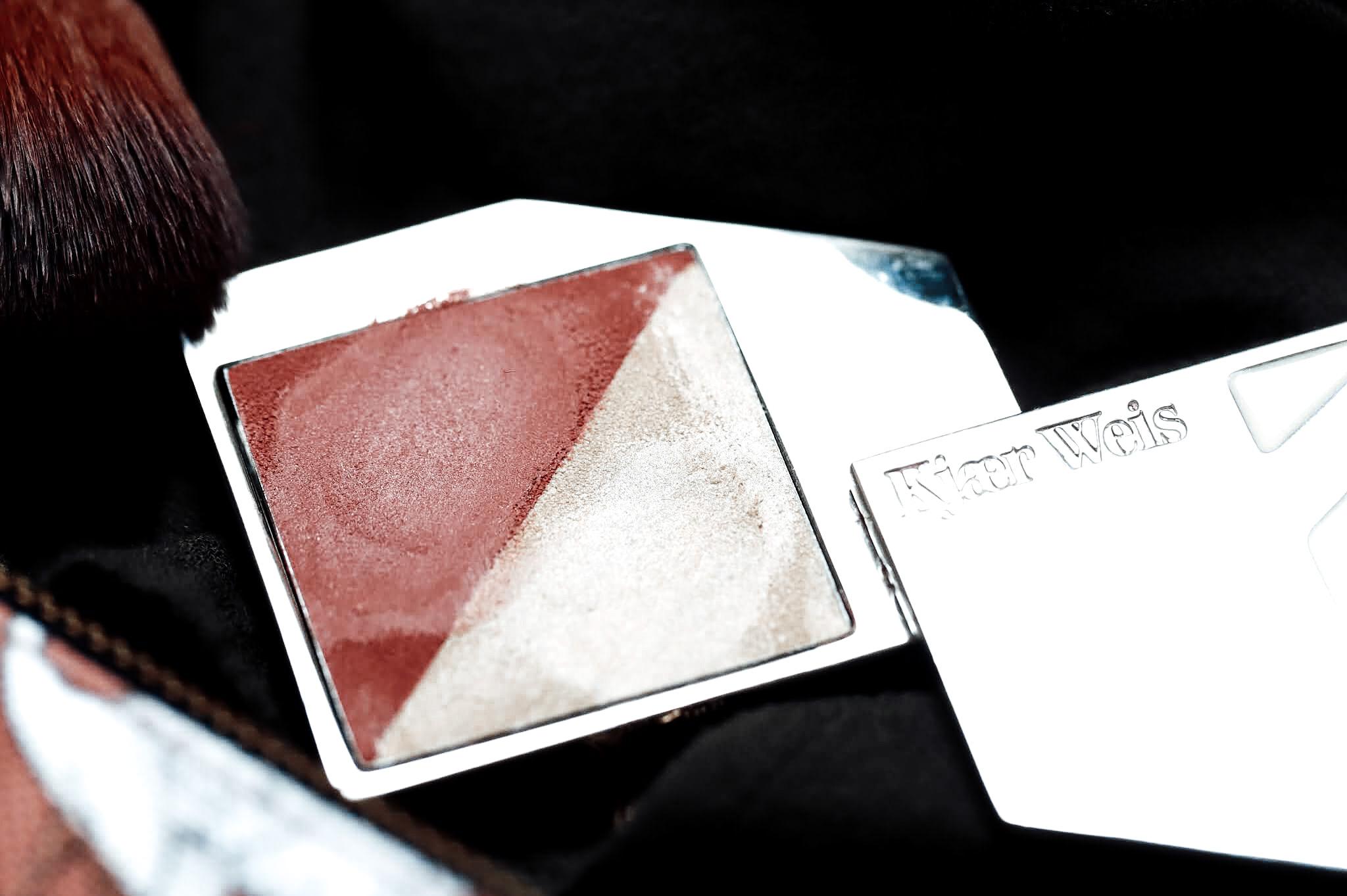 Kjaer Weis Flush Glow Duo Vibrant Ray