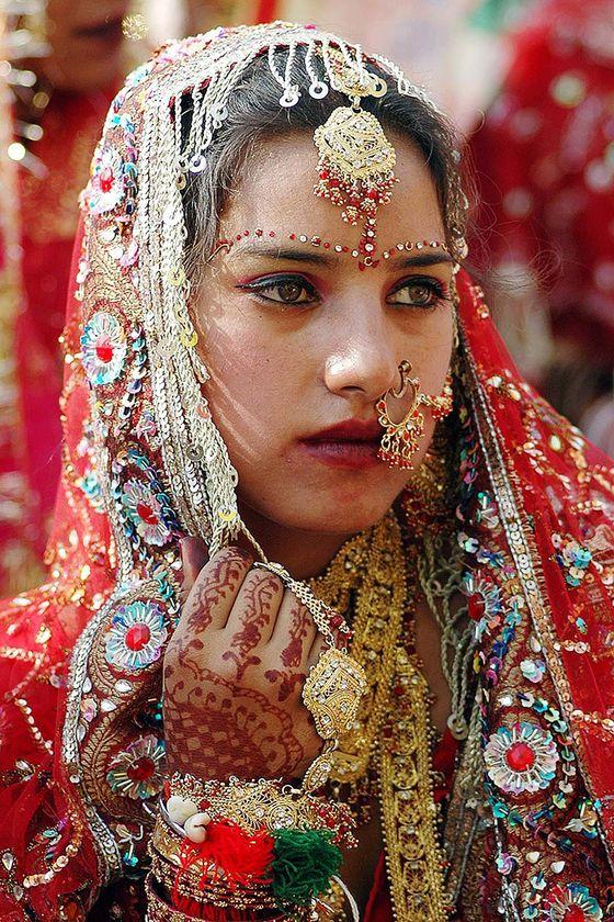 Indian Woman In Black Saree: Indian Wedding