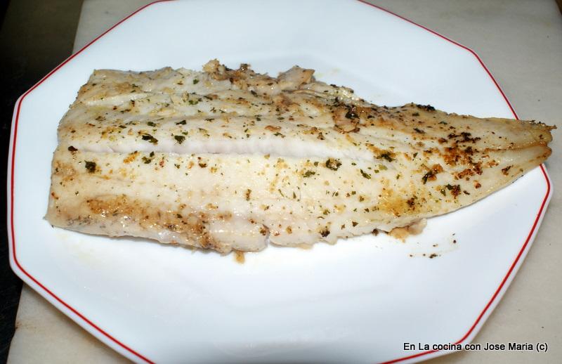 En la cocina con jose mar a filete de merluza a la plancha for Cocinar filetes de merluza