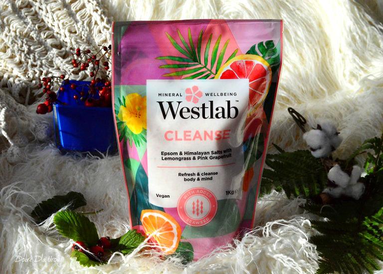 Westlab Cleanse Oczyszczająca sól do kąpieli z Trawą cytrynową i różowym Grejpfrutem