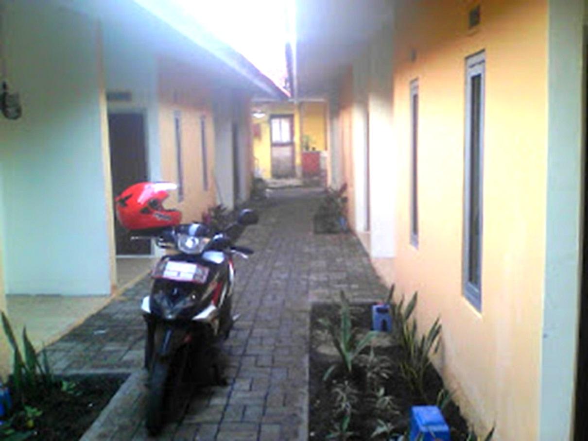 Hasil proyek Bangun Baru rumah kontrakan 10 pintu 1 Lantai milik Bpk Darmawan di Laladon,Bubulak, Bogor, Tahun 2015