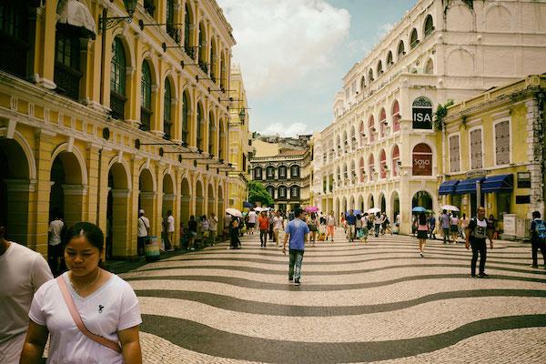 ポルトガル風建築でよい雰囲気のマカオ歴史地区