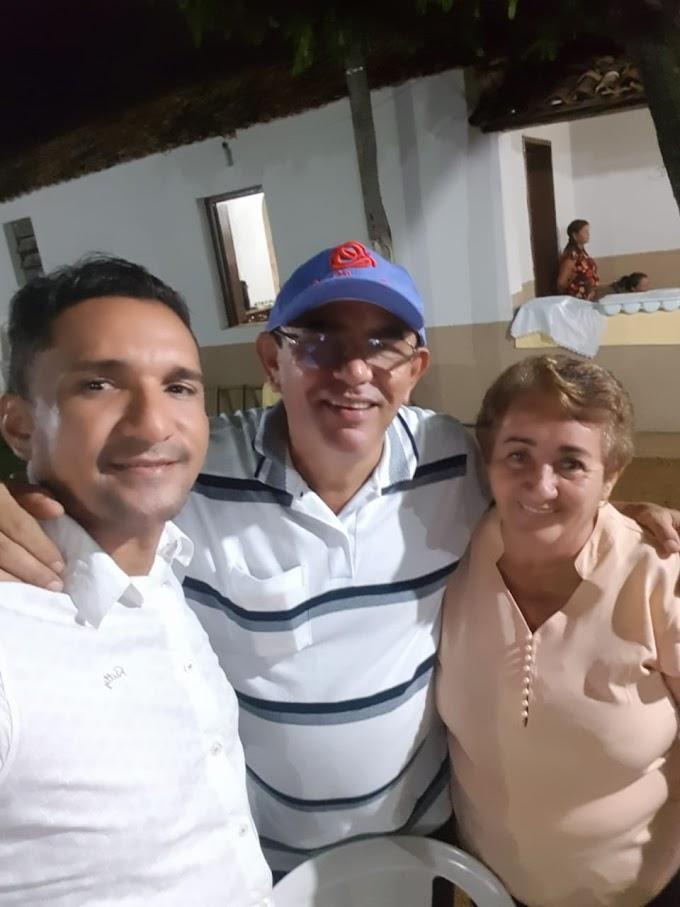 Cláudio Bonifácio participa do aniversário de dona Alzira Barbosa
