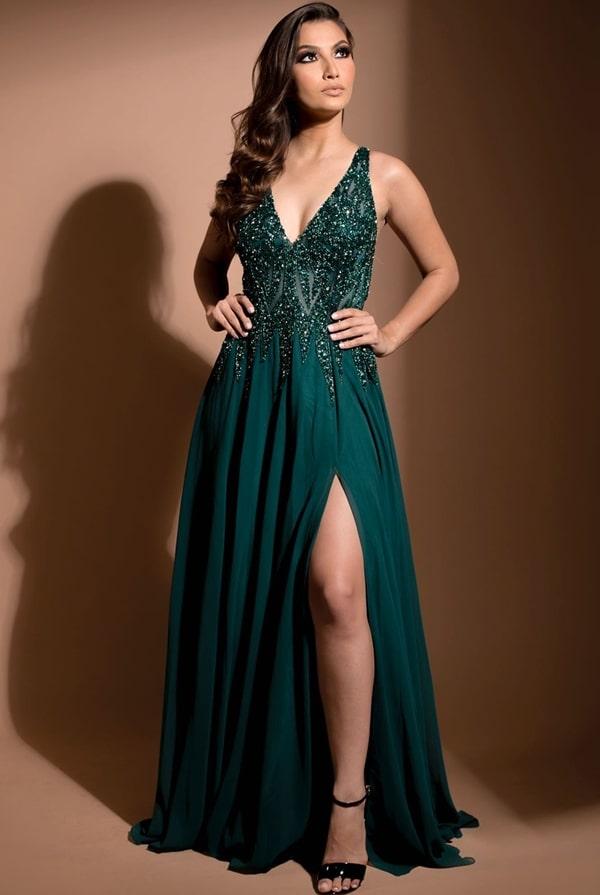 vestido de festa longo verde esmeralda com fenda para formanda ou madrinha de casamento
