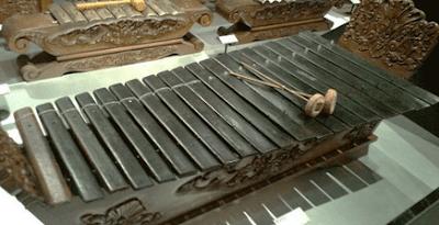 Alat Musik Gambang Karawitan Jawa