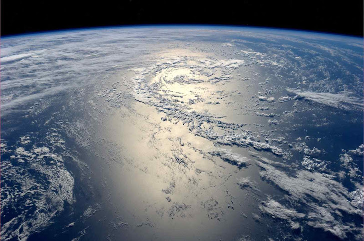Oceano Pacífico desde a Estação Espacial Internacional (ISS) é o principal regente do clima na Terra