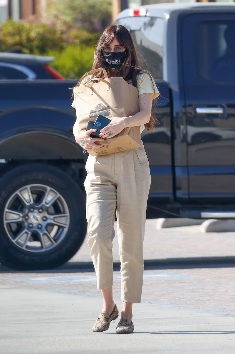 Dakota Johnson Clicked Outside Shopping in Malibu 19 Apr-2021
