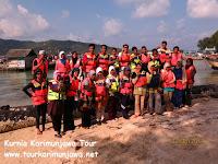 rombongan wisatawan dari alumni sma