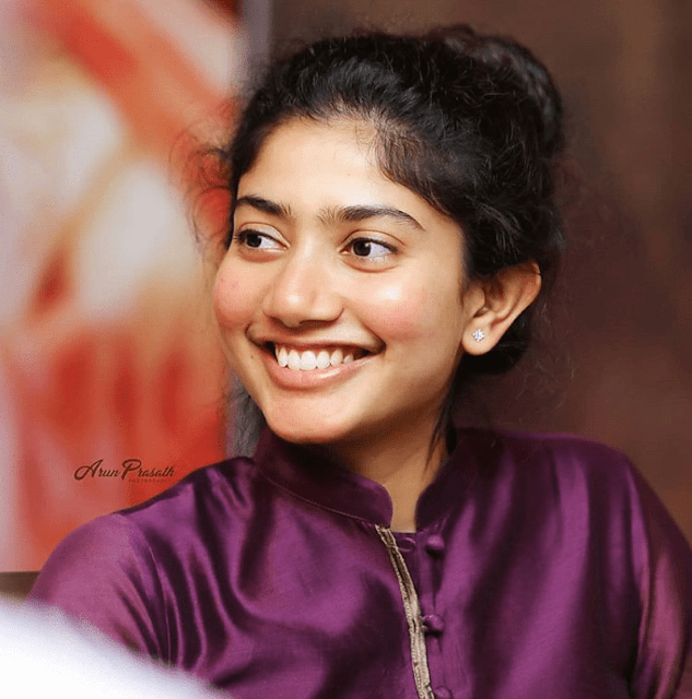 Sai Pallavi Biography, Wiki, Age, Height, Weight, Family, Education, Movies, Facts, Boyfriend or Husband, Affairs, Social Media, Net Worth