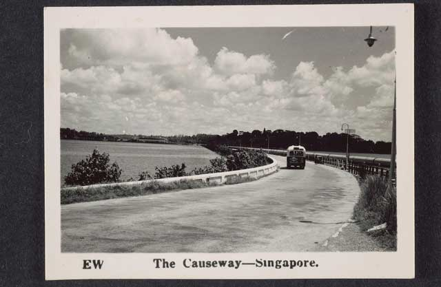 Singapore Causeway in the 1940s worldwartwo.filminspector.com
