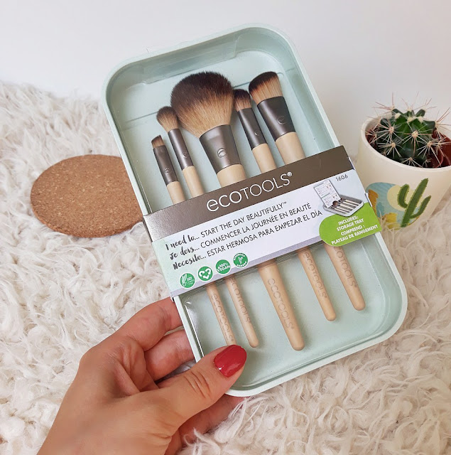 ecotools-start-the-day-beautifully-set-kistova