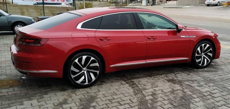 Volkswagen Arteon Yandan Görünüşü