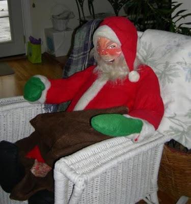 Père Noël manequin super flippant
