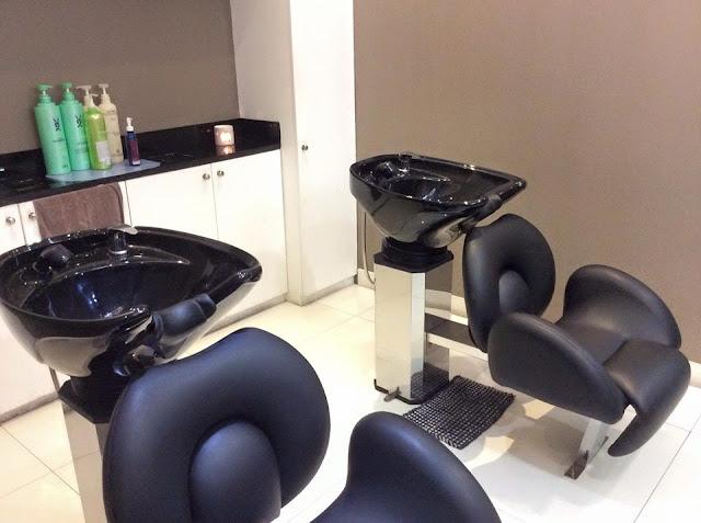 inside bangs prime salon