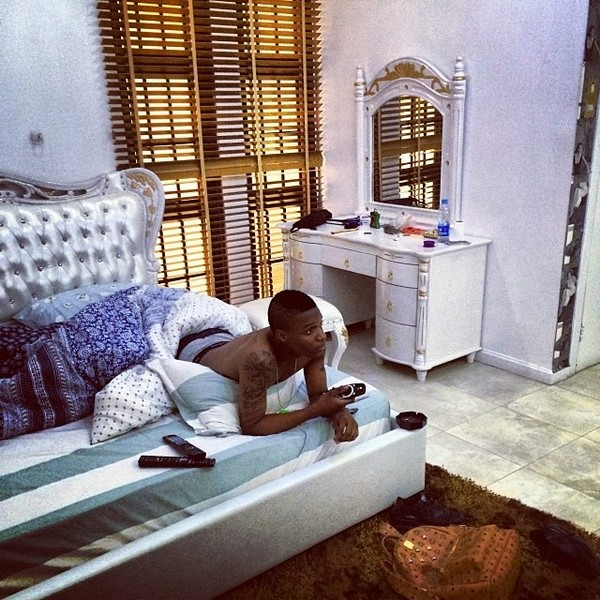 wizkid in his exotic room