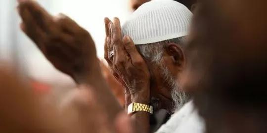 Hukum Salam dan Mendoakan Non Muslim