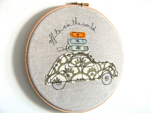 love this travel-inspired embroidery hoop art with a cute fabric car