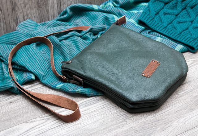 http://www.elenagrishina.com/2013/12/green-bag.html