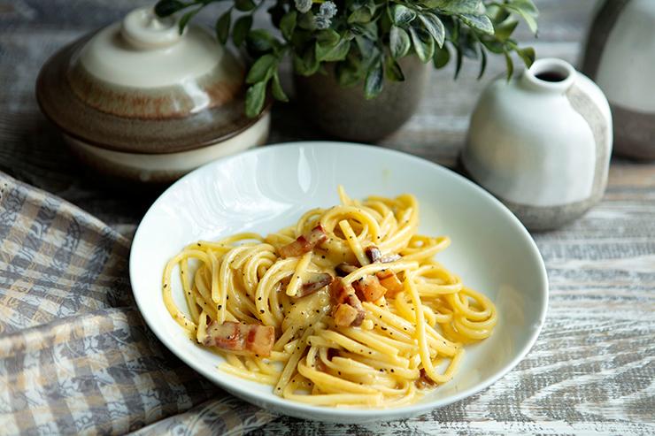 easy-pasta-alla-carbonara