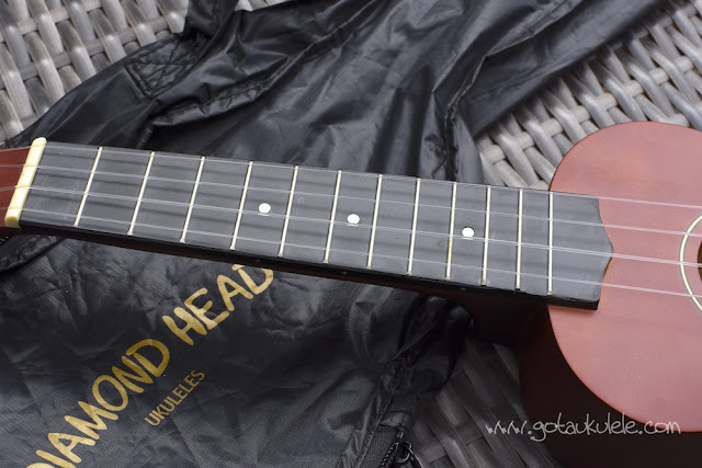 Diamond Head DU-150 Soprano Ukulele fingerboard