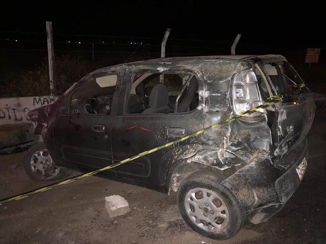 Em Olho D'Água do Casado, acidente automobilístico deixa uma pessoa morta e outra ferida