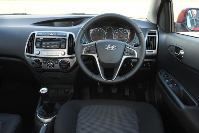 Dashboard Hyundai i20 - 2016