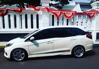 Ceper harian Honda Mobilio dibalut Velg Kranze