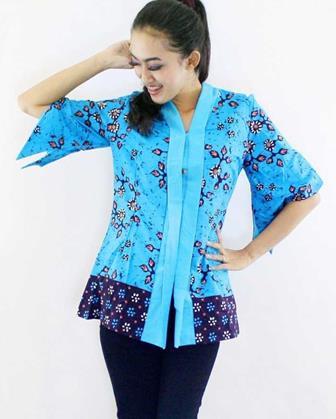 Contoh Baju Batik Atasan Lengan Panjang Untuk Wanita Modern