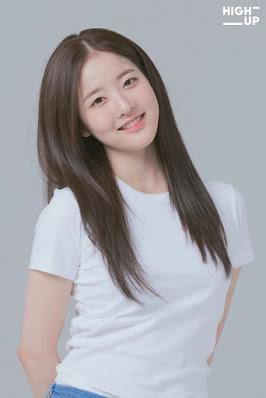 Park Si Eun STAYC - Biodata, Umur, Agama Dan Drama Lengkap