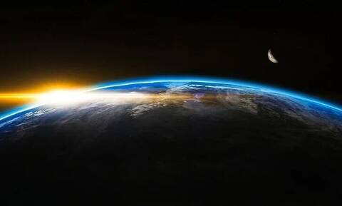 Ο μαγνητικός βόρειος πόλος της Γης μετακινείται προς τη Σιβηρία