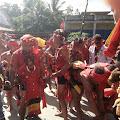 Pasukan Merah Tariu Borneo Bangkule Rajakng Menggelar Aksi Damai Menuntut Lutfi Holi Bayar Adat