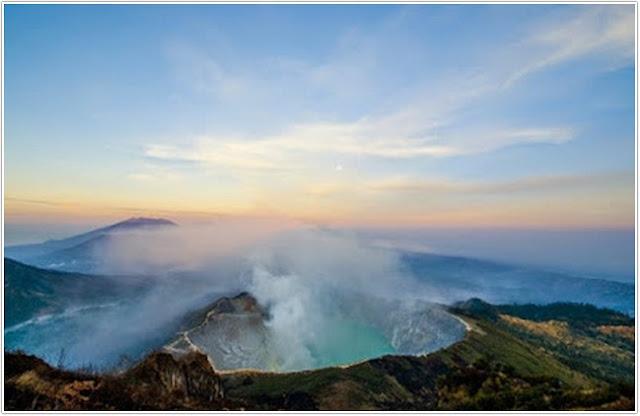 Wisata Kawah Ijen;Top 10 Destinasi Wisata Banyuwangi;