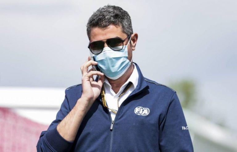 Michael Masi defende decisão de reiniciar a corrida de Baku