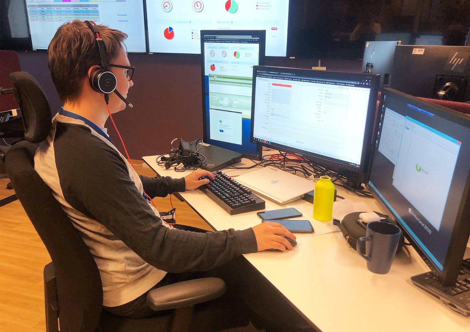 Sander er lærling i IKT-servicefaget