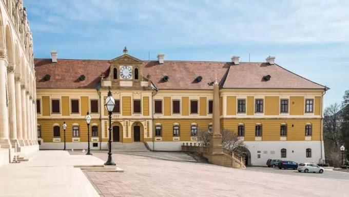 Pécsre került a 2020-as Év Levéltára díj