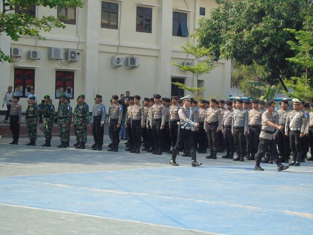 Kodim Karanganyar - TNI-POLRI Apel Gelar Pasukan Operasi Patuh Candi