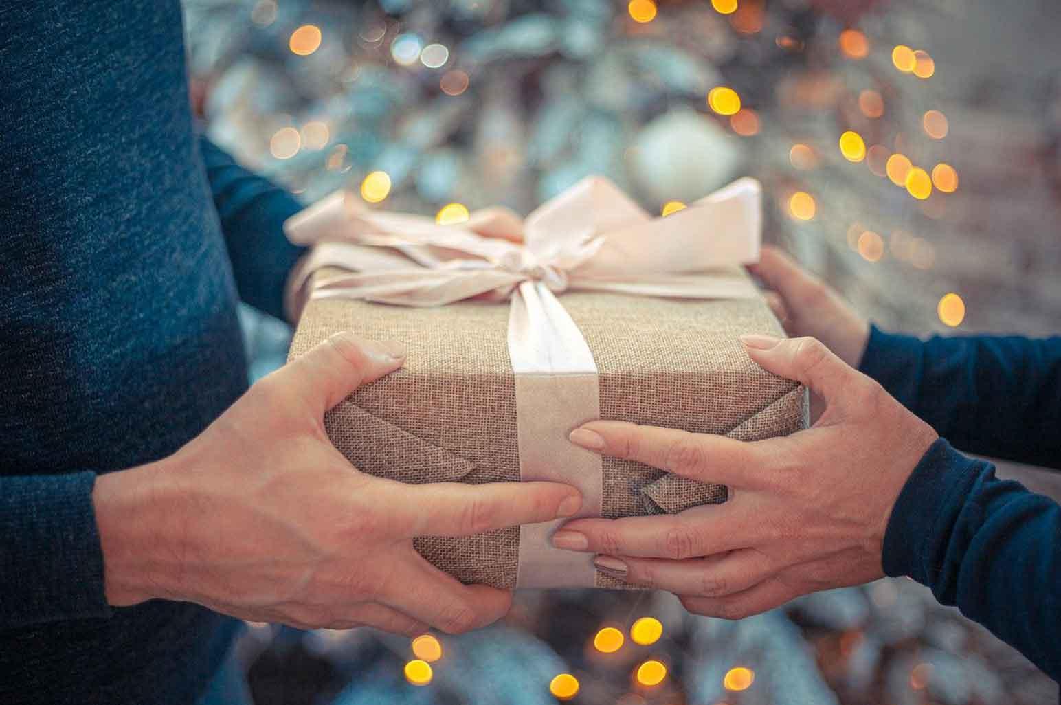 Unique Gift Ideas for Your Parents