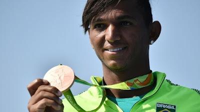 Isaquias Queiroz: novo fenômeno do esporte brasileiro