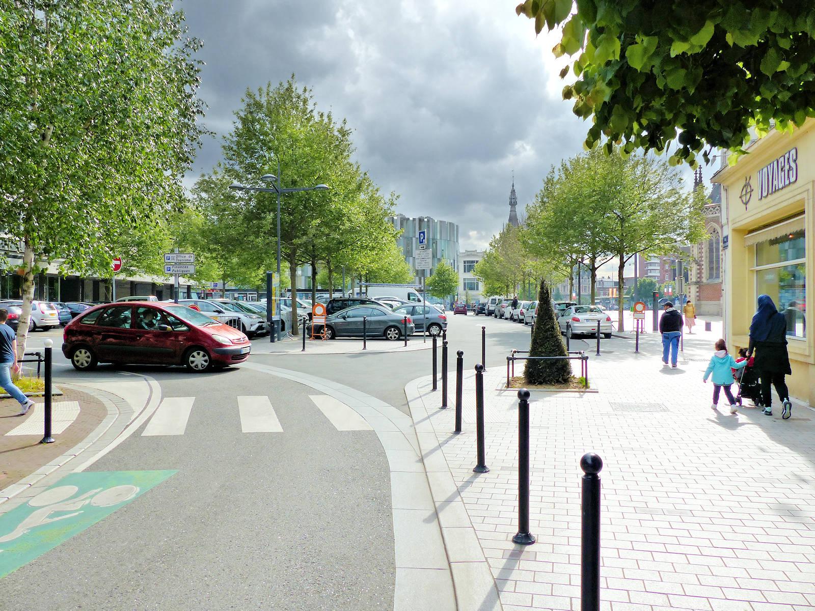 Stationnement Tourcoing Centre - Accès Parking de la Résistance par la rue de la Cloche