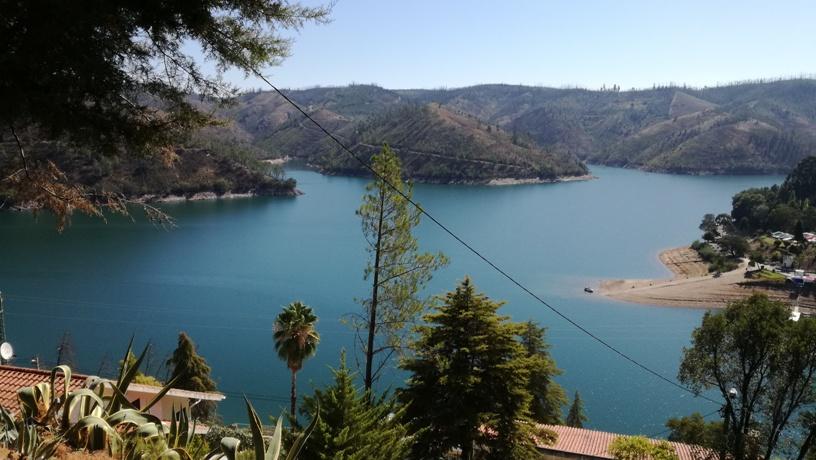 Rio Zêzere no Lago Azul